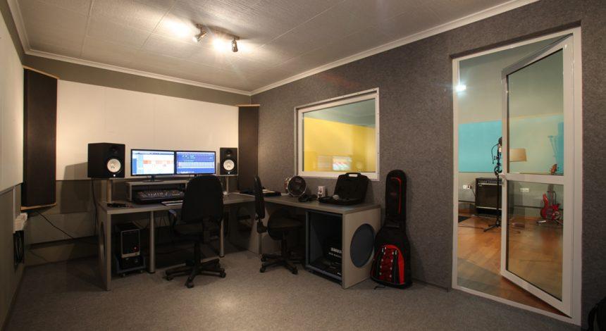 Звукозаписно стуио Pacific Studio - Партньор на музикална школа Sound Circle